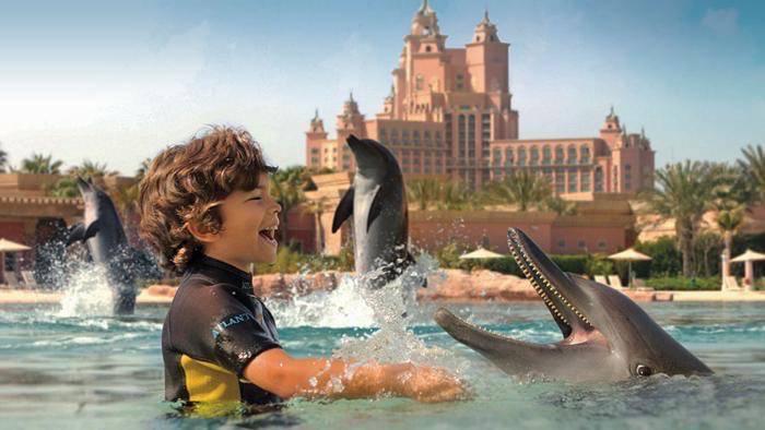 Go bespoke luxury holidays atlantis palm dubai for Luxury holidays in dubai